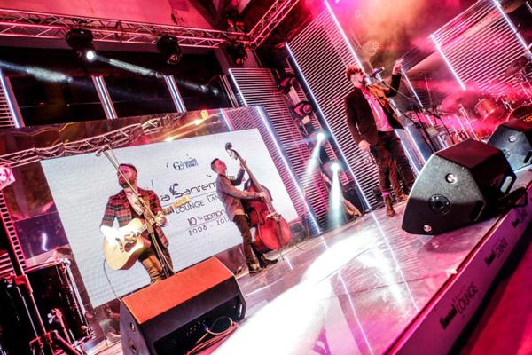 Con-il-Festival-riapre-Casa.jpg