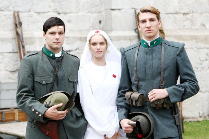 Il-Confine-i-tre-giovani-protagonisti-della-miniserie-TV-in-onda-15-e-16-maggio-su-Rai1